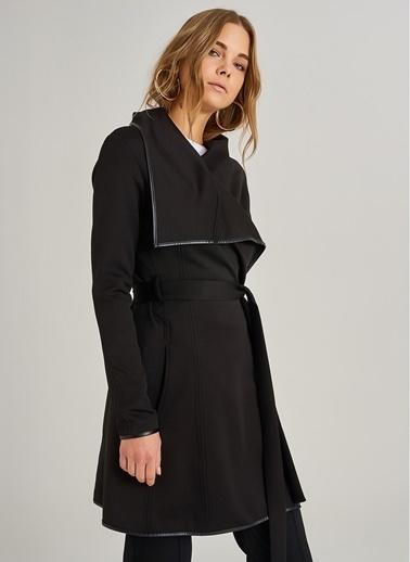 People By Fabrika Suni Deri Detaylı Scuba Ceket Siyah